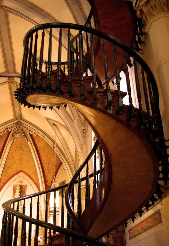Loretto-Chapel-Miraculous-Staircase